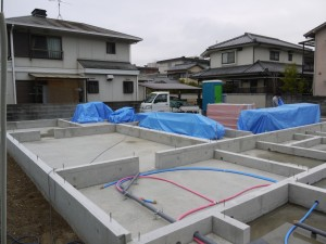 搬入 津島福居の家