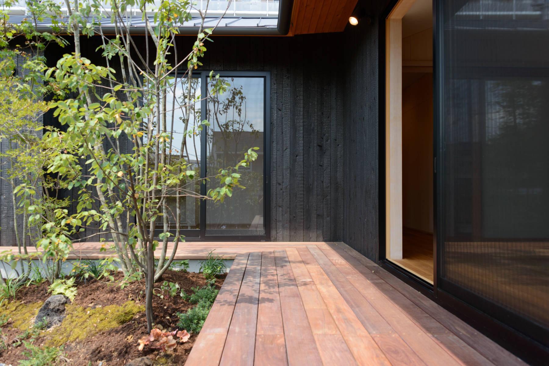 岩井の家 L字型の平屋の二世帯住宅